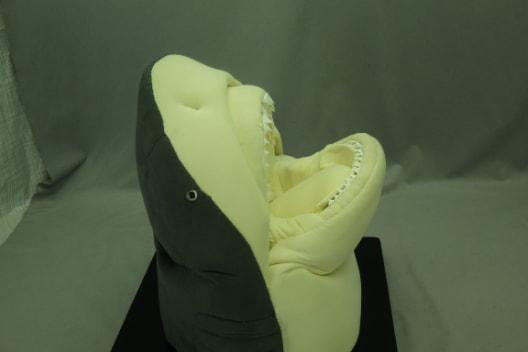 布製模型オオメジロザメ1